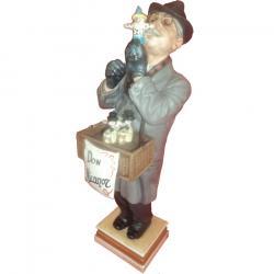 Algora Figurine